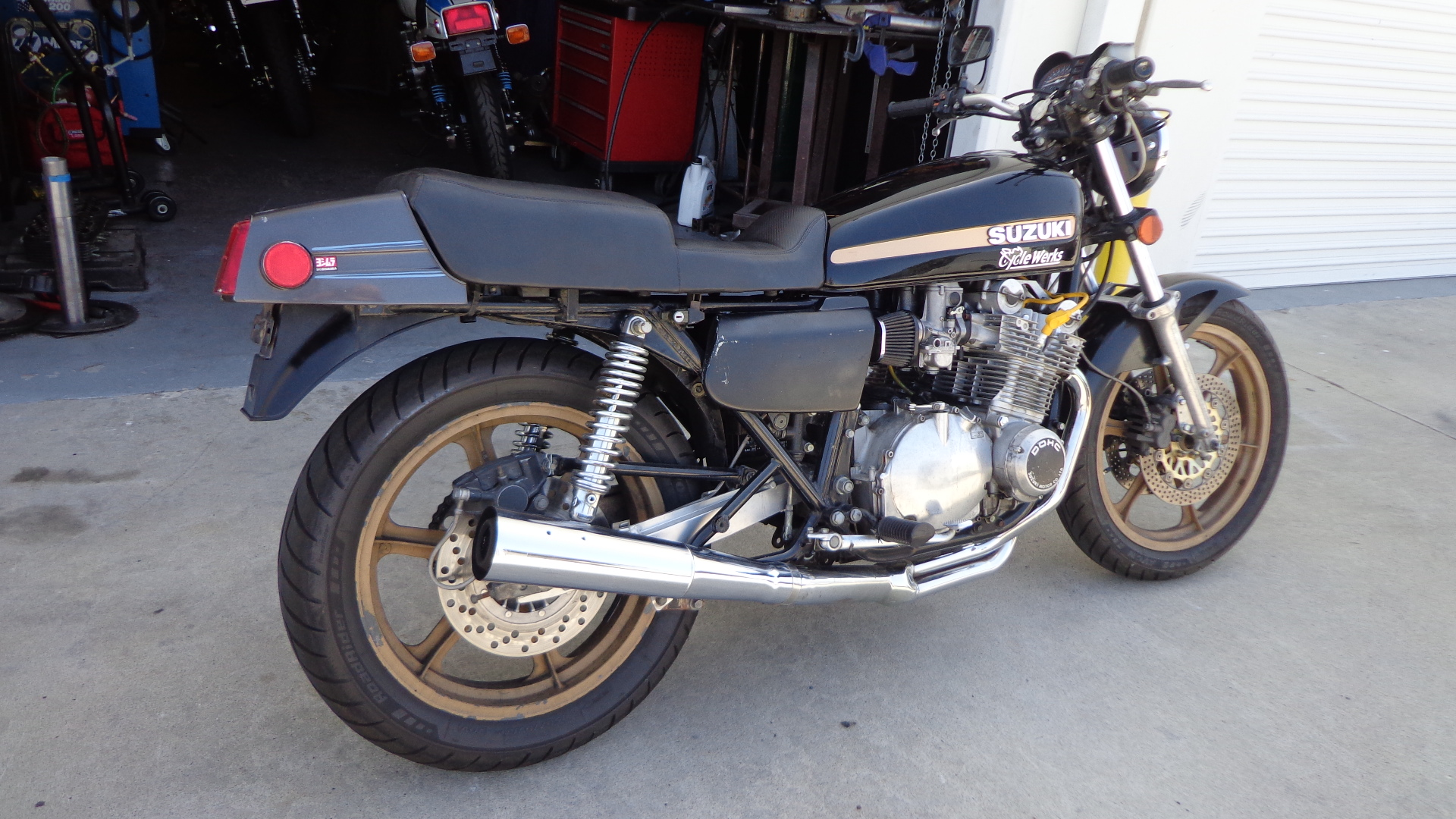 GS Suzuki's are getting our Exhaust treatment – Carpy's Cafe