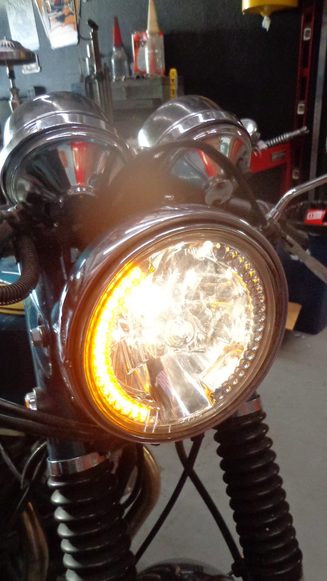 Wiring Motorcycle Headlight Turn Signals Schematics Diagrams 2011 Honda Shadow Signal 7 U2033 With L E D Carpy S Cafe Racers Rh Carpyscaferacers Com Switch Diagram Flasher Relay